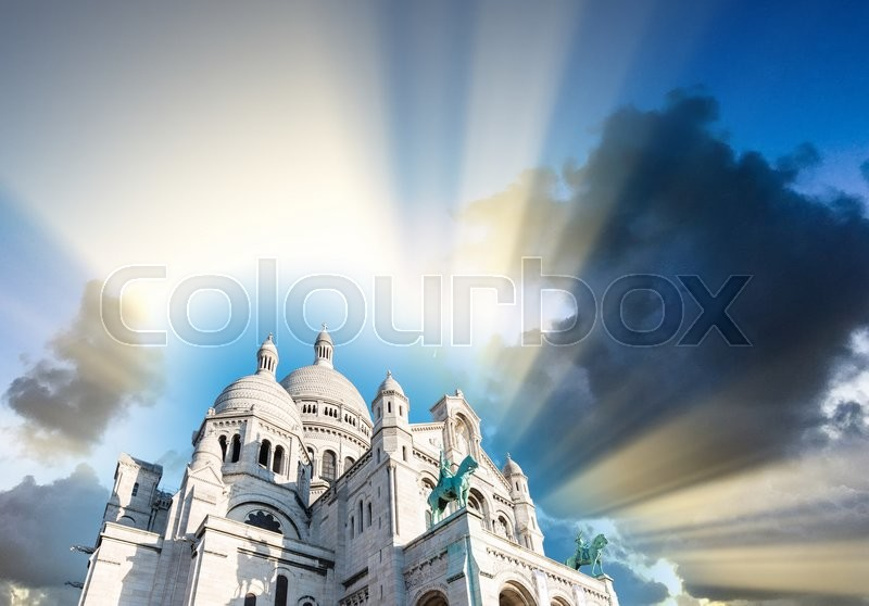 Stock image of 'Paris skyline. Architectural city detail.'