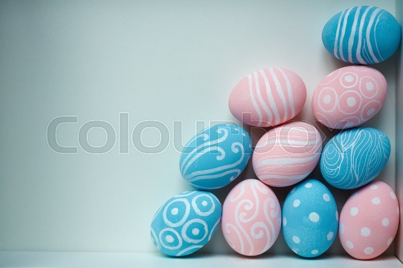 Stock image of 'Easter eggs with painted creative ornaments'