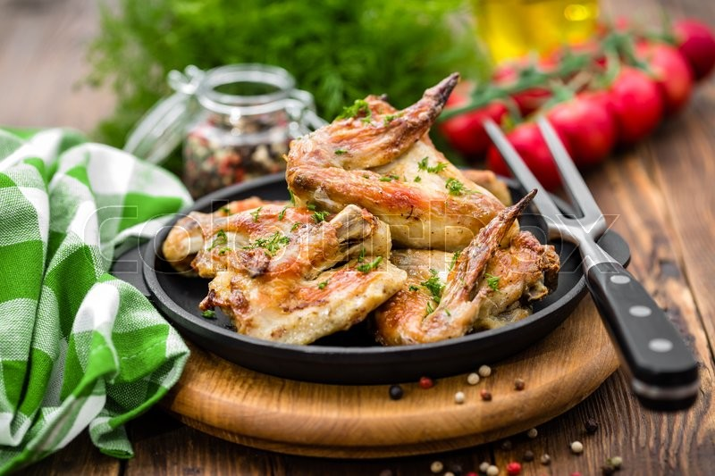 Stock image of 'Chicken wings'