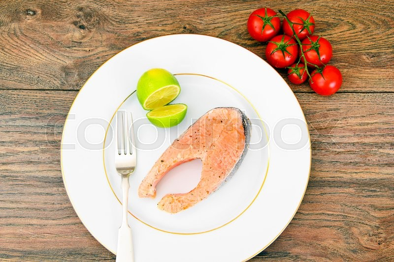 Stock image of 'Salmon with Lime Diet Food Studio Photo'