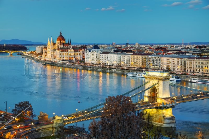 Stock image of 'Overview of Budapest with the Szechenyi Chain Bridge at sunset'