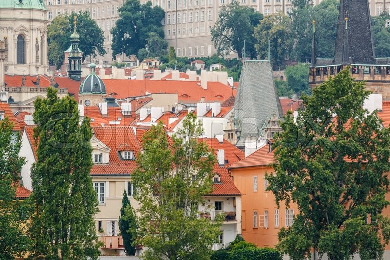 Stock image of 'Photo shows general view of Prague cityscape with its houses and towers during a day.'