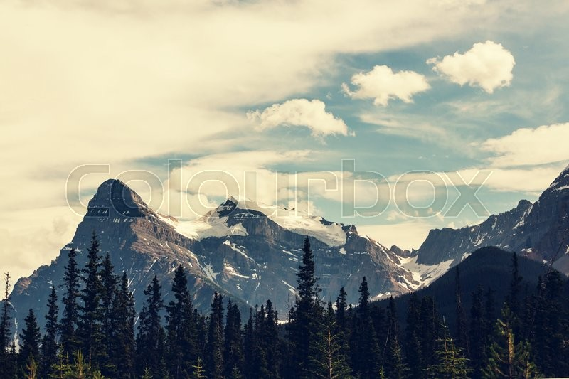 Stock image of 'Mountains in Canada'