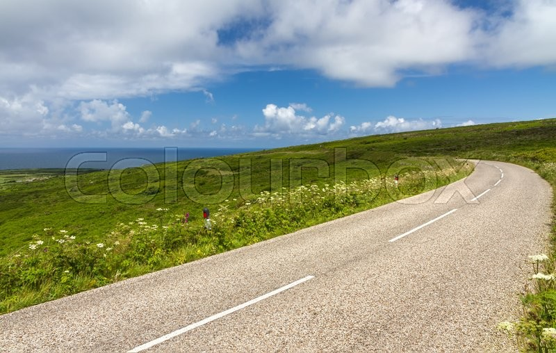 Stock image of 'Winding road between Lands End and St. Ives, Cornwall, England'
