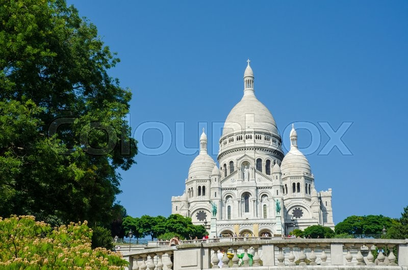 Stock image of 'Paris - SEPTEMBER 12, 2012: Basilique du Sacre Coeur on September 12 in Paris, France. Basilique du Sacre Coeur is popular tourist destination'