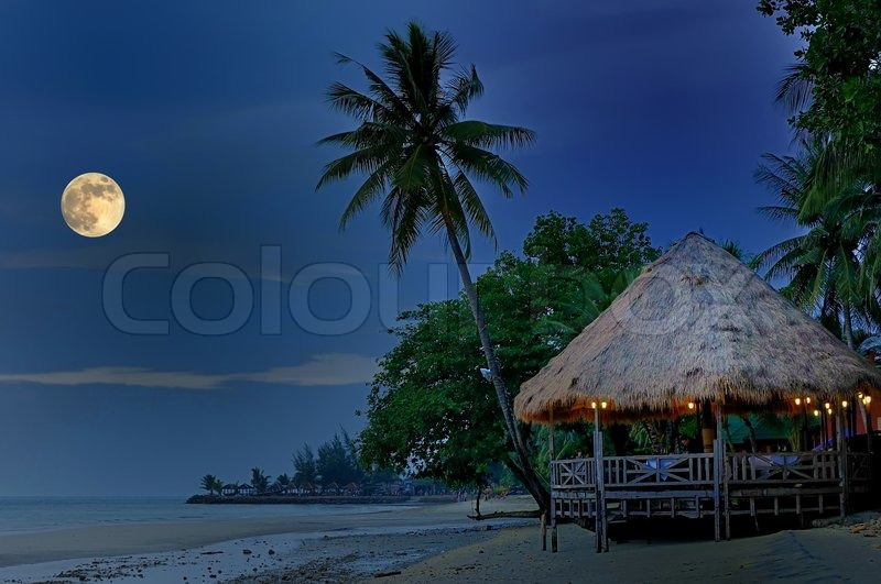 mondnacht am strand von thailand luxus resort stockfoto. Black Bedroom Furniture Sets. Home Design Ideas