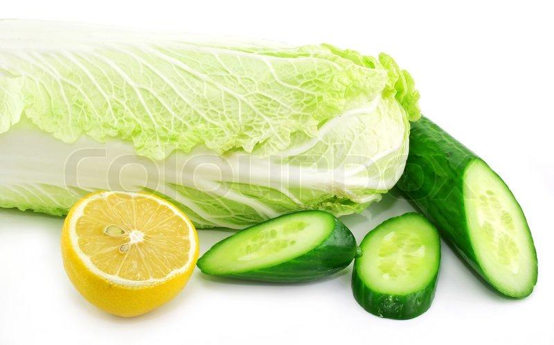 how to keep sliced cucumbers fresh