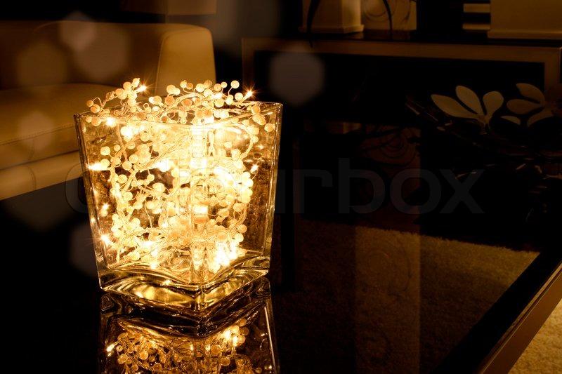 glasschale mit weihnachten lichterkette stockfoto. Black Bedroom Furniture Sets. Home Design Ideas