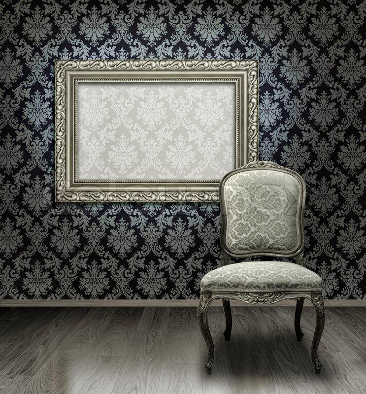 classic antiken stuhl und versilberte rahmen in zimmer mit damast muster wand stockfoto. Black Bedroom Furniture Sets. Home Design Ideas