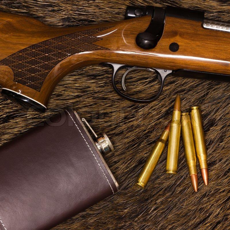 Lovačko oružje i municija 800px_COLOURBOX1794602