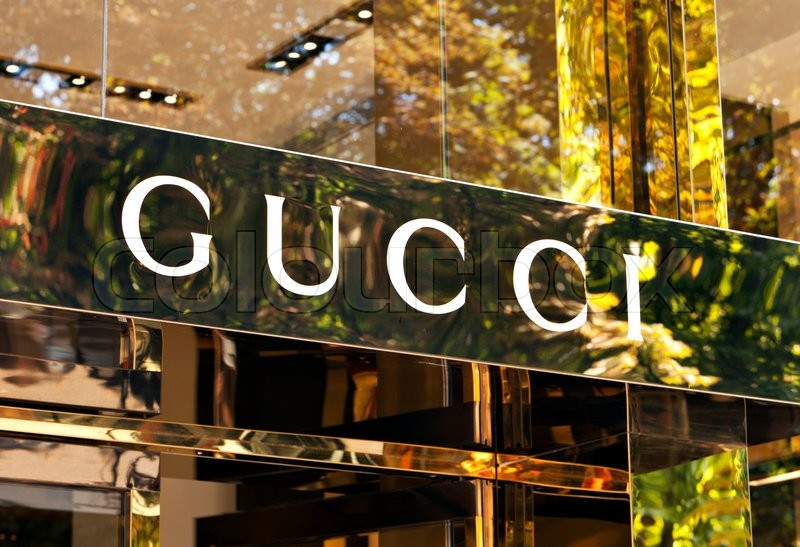 Dusseldorf Germany August 20 2011 Gucci Signage At