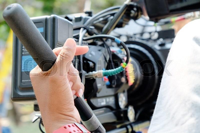 how to get a job as a cameraman