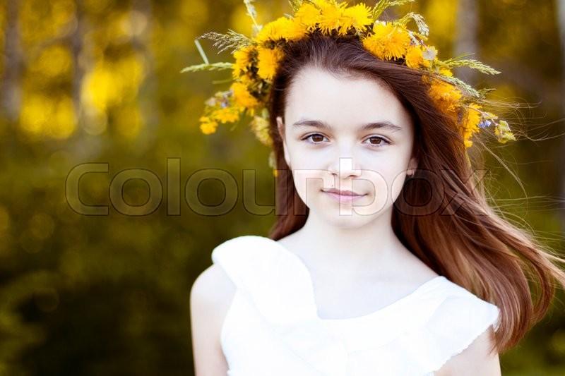 Beautiful little girl a41bf191d