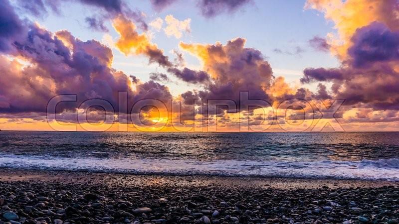 Beautiful sunset above the sea. sea sunset, stock photo
