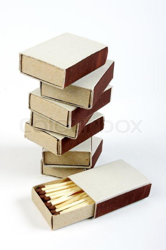 Stack von sieben streichholzschachteln und eine ge ffnete - Streichholzschachteln hochzeit ...