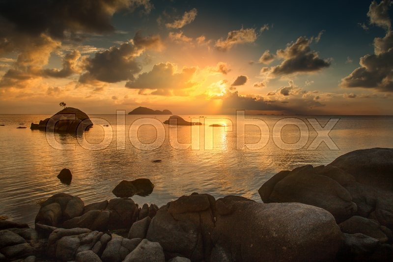 Stock image of 'Beautiful sunset landscape with sea gangway stones'