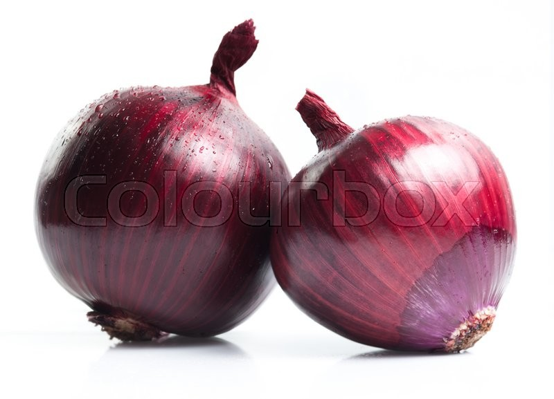 Stock image of 'Red onions isolated on white background'