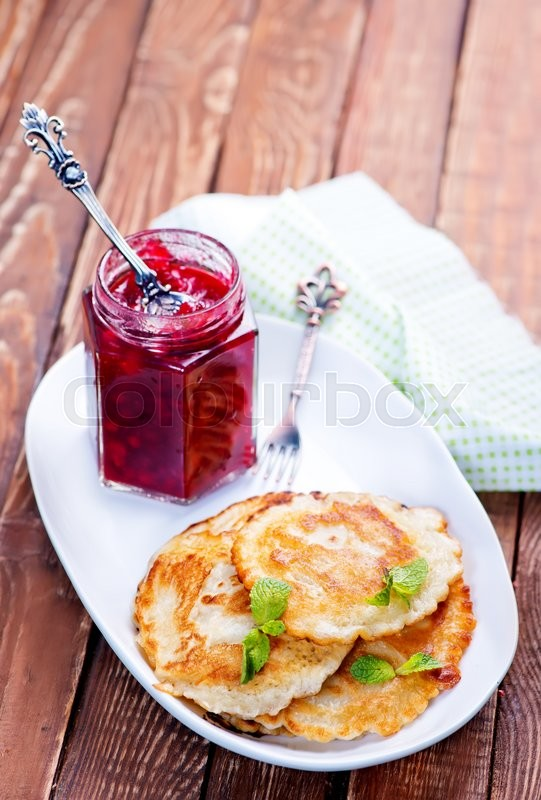 Stock image of 'pancakes with sweet jam on the plate'