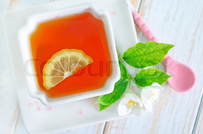Stock image of 'Jasmin tea with lemon'