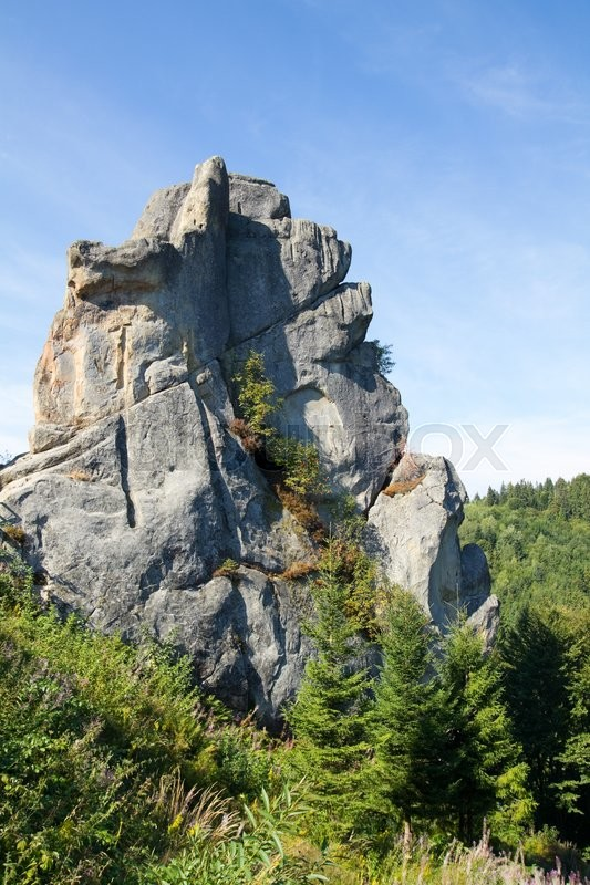 Stock image of 'Rock fortress in Carpathian Mountains , Ukraine.'