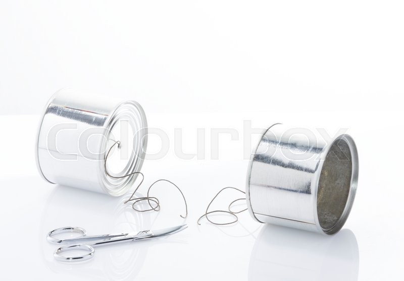 Stock image of 'Contact cut off, conceptual photo, two can with line communication break between them'