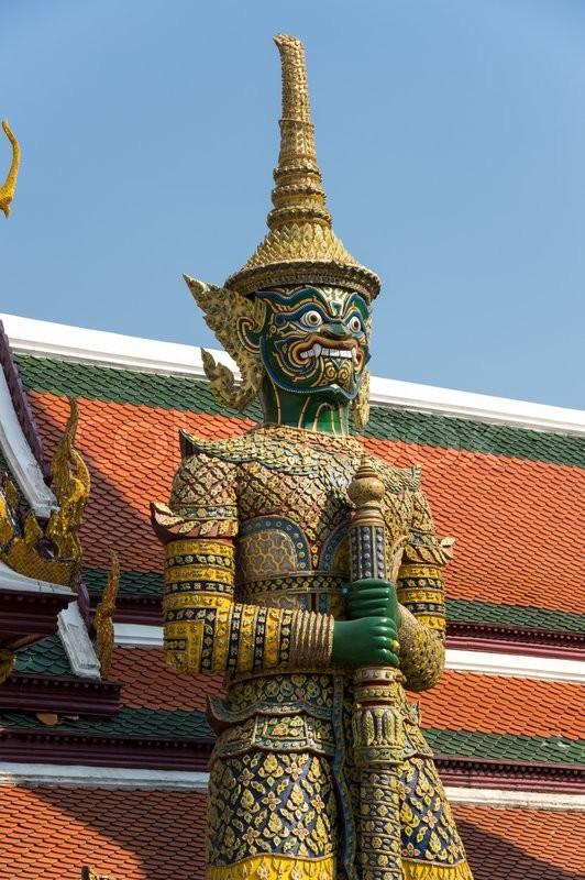 Stock image of 'Demon guardian in Wat Phra Kaeo, Bangkok. Wat Phra Kaew is one of the most popular tourists destination in Thailand'