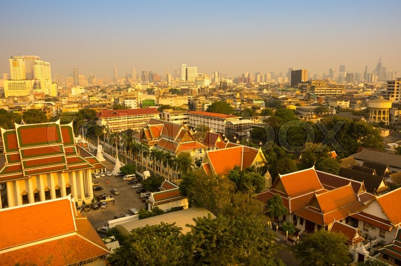 Stock image of 'BANGKOK, THAILAND - JANUARY 25, 2015: Panoramic view of buildings of Bangkok and part of Wat Saket from top of Golden Mount in Bangkok, Thailand'