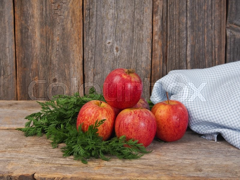 Stock image of 'Fresh red apples'
