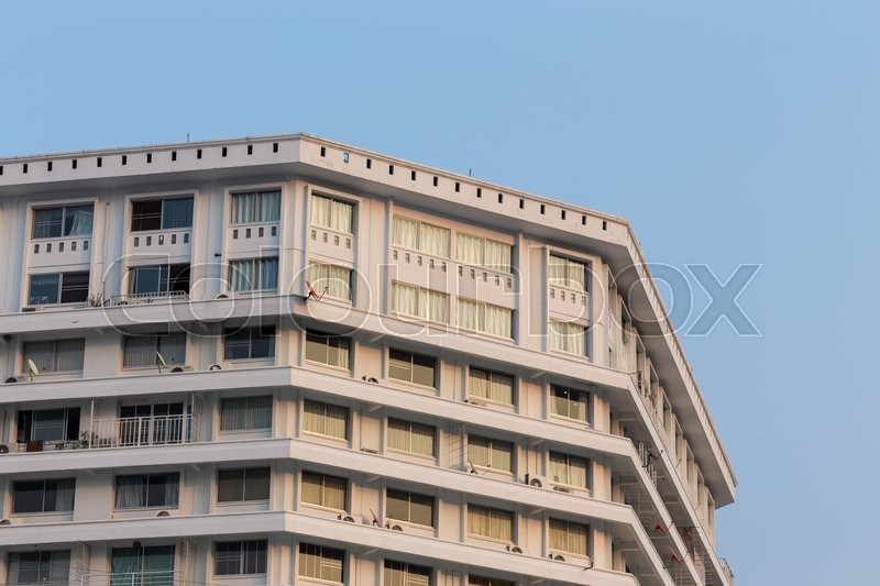 Stock image of 'Old residential building apartment in the city'