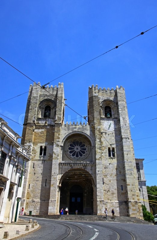 Stock image of 'Cathedral Santa Maria Maior de Lisboa (also known as Se de Lisboa). The oldest and the famous church of Lisbon, Portugal'