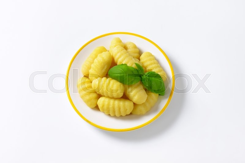 Stock image of 'Cooked potato gnocchi on plate'