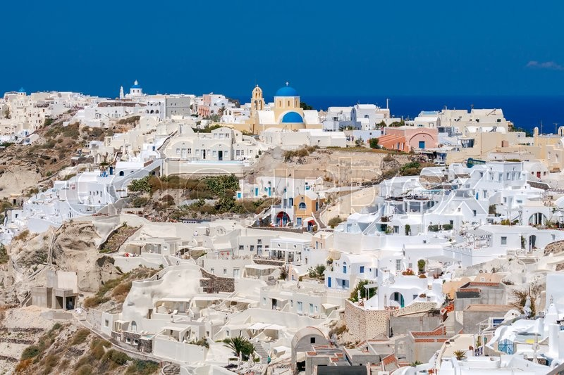 Stock image of 'Village Oia with white houses on  island Santorini. Greece.'