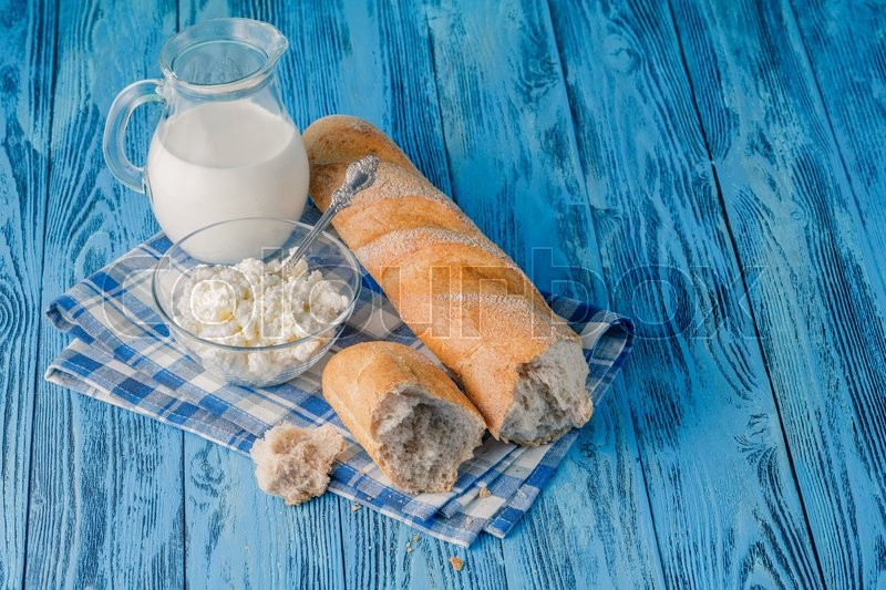 Stock image of 'Organic healthy food, cottage cheese on table'