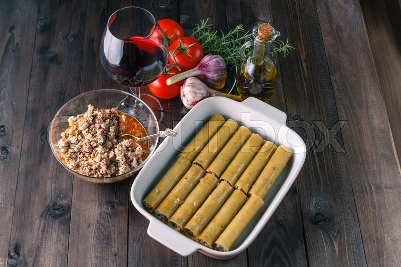 Stock image of 'mediterranean cuisine. ingredients for making italian cannelloni'