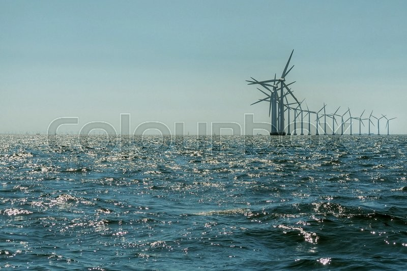 Stock foto af 'Vindmøller i havet. Windmills in the sea.'