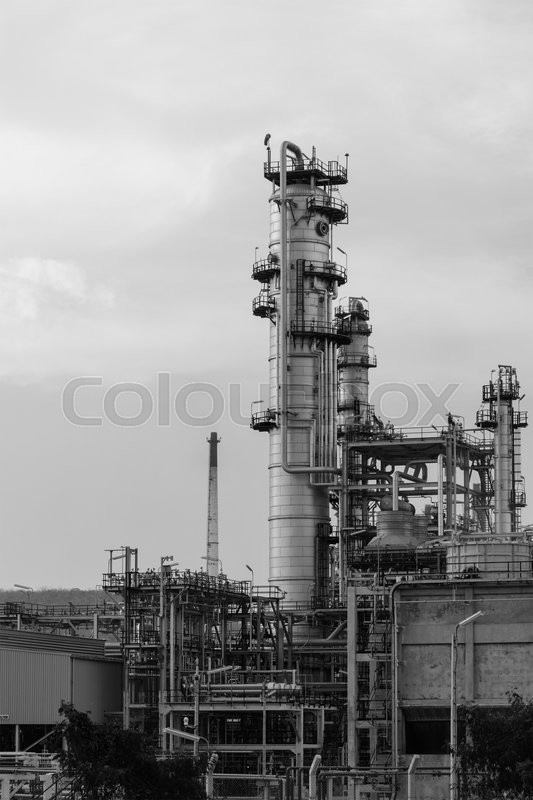 Stock image of 'Black and white photo of Oil Refinery factory'