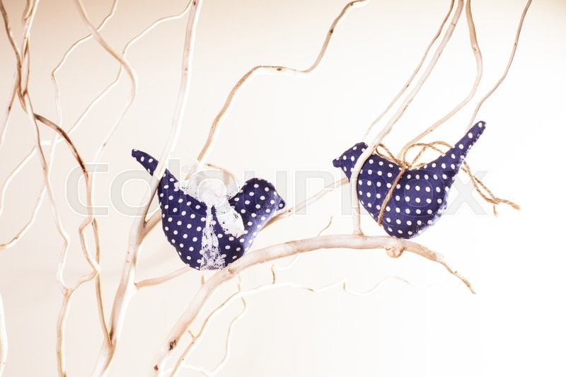 Stock image of 'Handmade easter decorations, birds on the branches in vase'