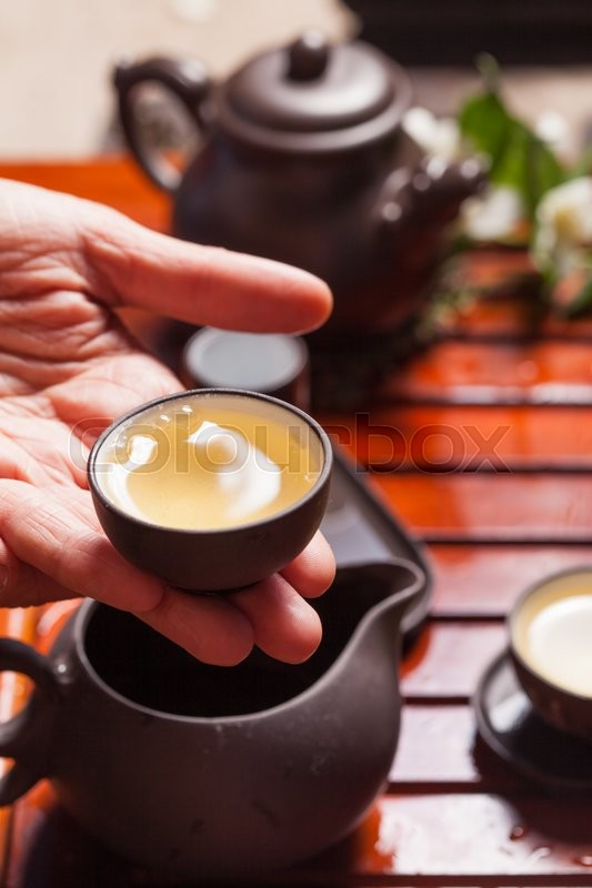 Stock image of 'Close-up table with  earthenware for Chinese tea ceremony'