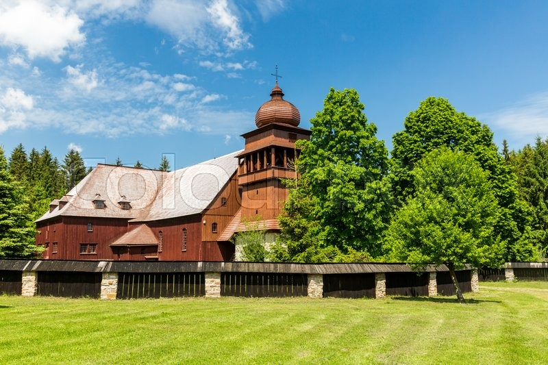 Stock image of 'View of a historic wooden church Svaty Kriz in Slovakia on June 3, 2015'