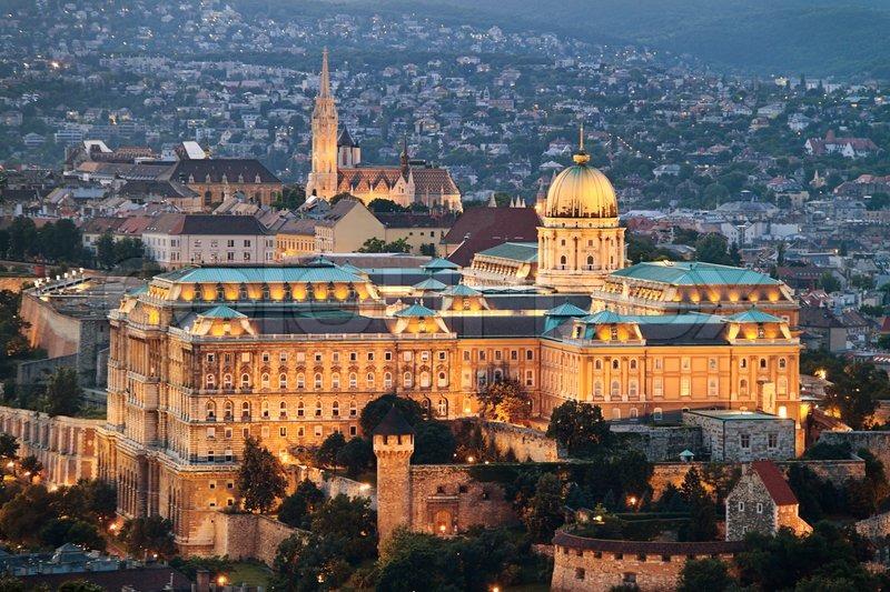 anichten stadt und die skyline von budapest die hauptstadt stock foto. Black Bedroom Furniture Sets. Home Design Ideas