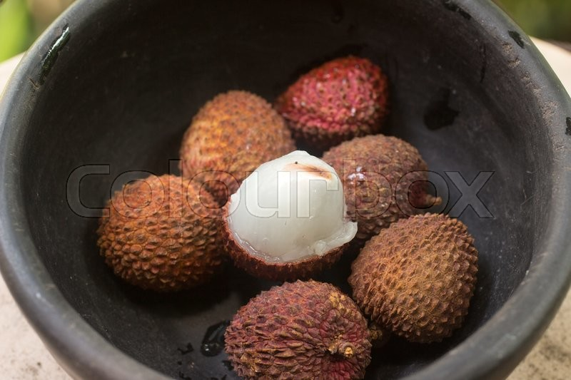 Stock image of 'Lychee on the bowl. Tropical Fruit'