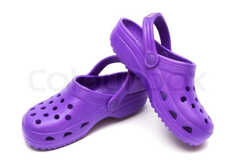179287e8a43d Lilla gummi sandal på en hvid baggrund