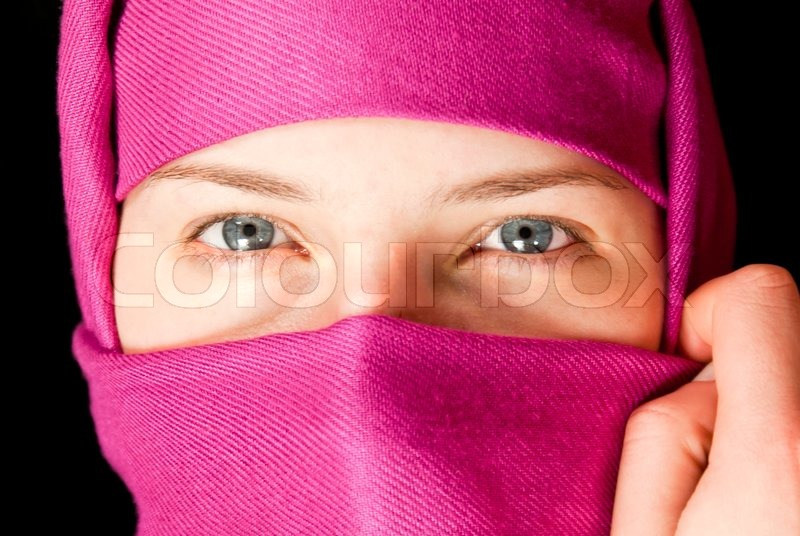 Stock image of 'Caucasian girl muffled in a shawl'