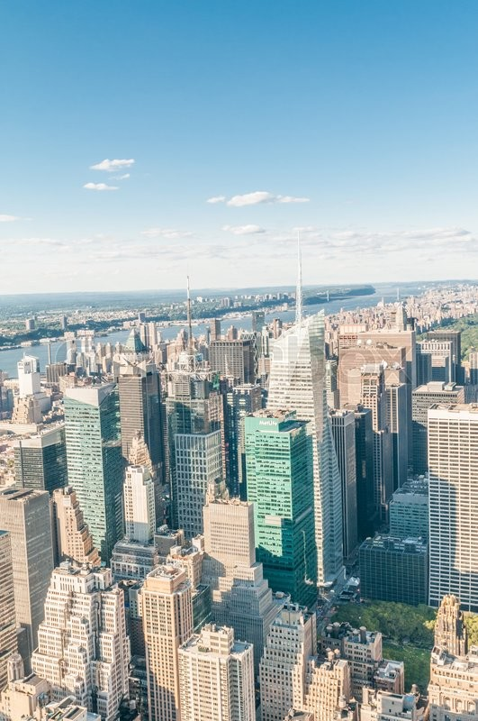 Stock image of 'New York city panorama with tall skyscrapers'