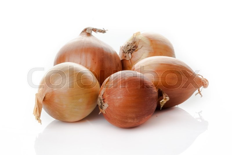 Stock image of 'Onion bulbs isolated on white background'