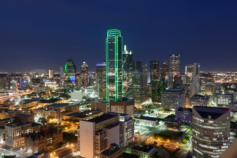 Stock image of 'View over the Dallas downtown district illuminated at night. Texas, United States'