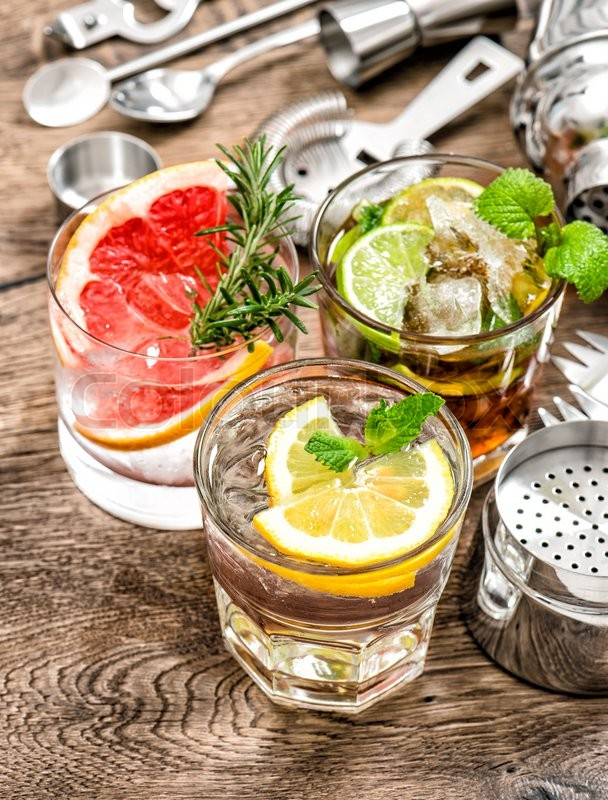 Stock image of 'Cocktails with fruits and ice. Alcoholic and nonalcoholic cold drinks'