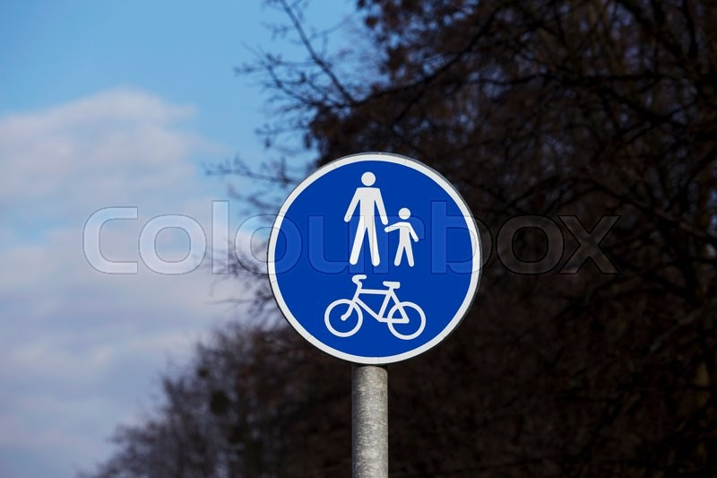 Stock image of 'the road sign Bicycle and Pedestrian Trail'