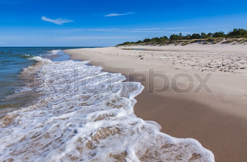 Stock image of 'Beautiful sandy beach on Hel Peninsula, Baltic sea, Poland'