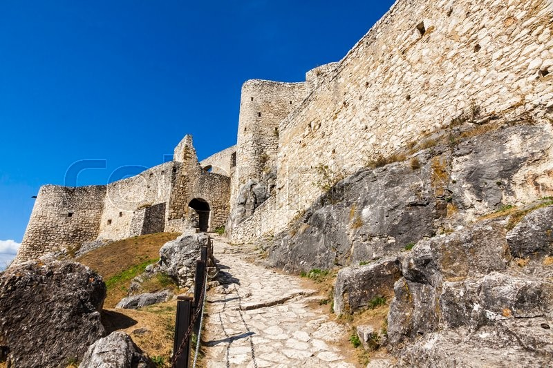 Stock image of 'Spis Castle (Spissky hrad), Slovakia. One of the largest castle compounds in Central Europe'